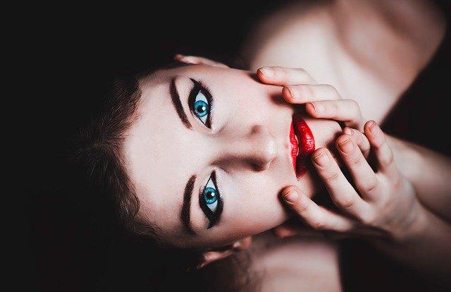 makijaż cery trądzikowej
